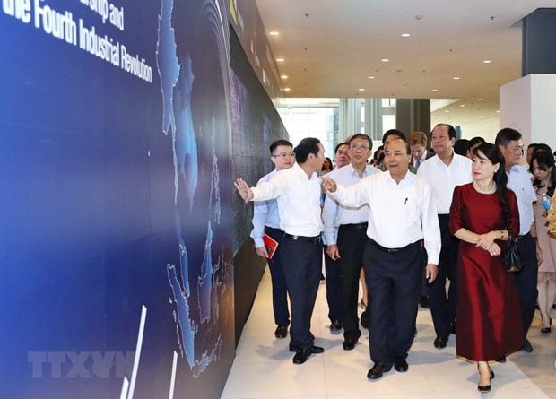 PM inspects preparations for WEF ASEAN hinh anh 1