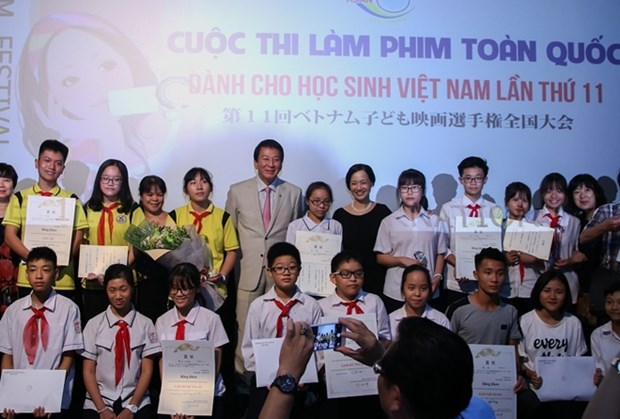 Vietnamese students invited to attend short-film making contest in Japan hinh anh 1