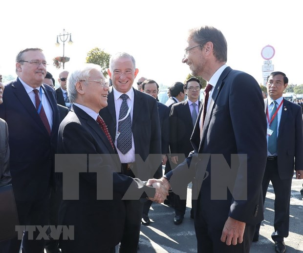 Party General Secretary visits Hungary's Szentendre city hinh anh 1
