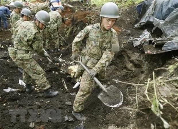 PM Phuc sends sympathy to Japan over quake devastation hinh anh 1