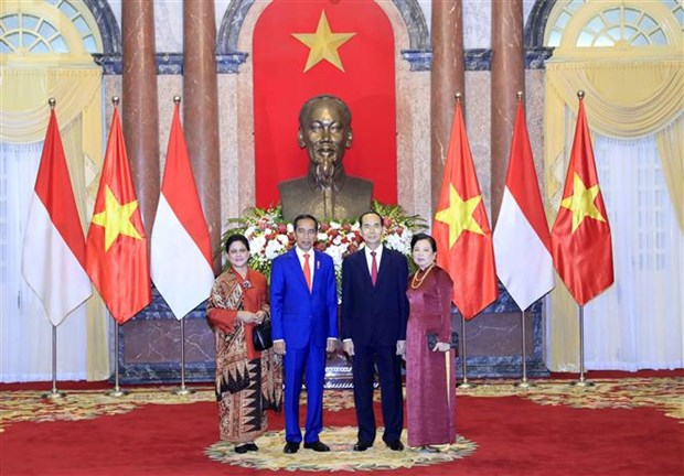 President hosts welcome ceremony for Indonesian counterpart hinh anh 1