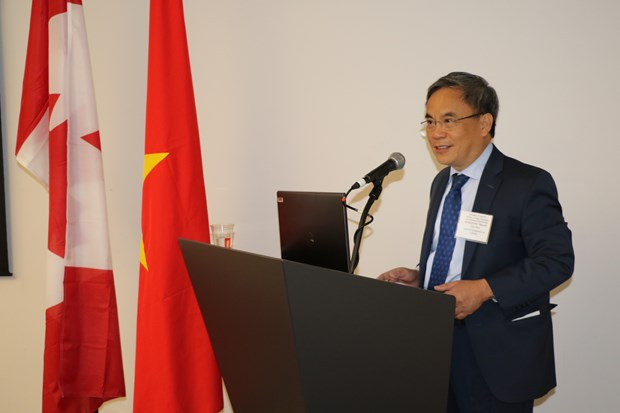 New trade, investment chances in Vietnam introduced in Canada hinh anh 1