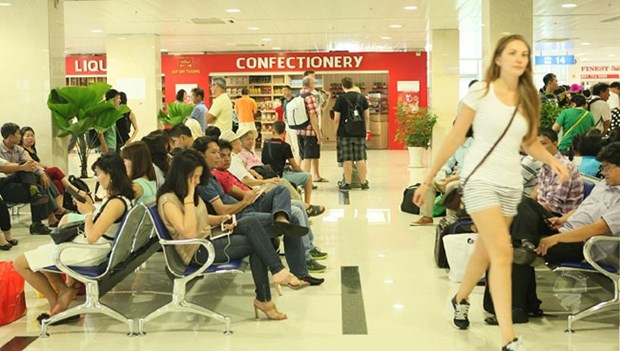 Domestic airlines' punctuality improves in eight months hinh anh 1