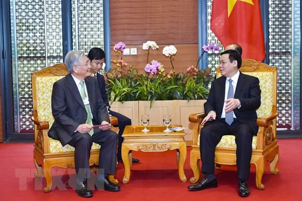 Groups promise to support Vietnam in meeting standards of digital economy hinh anh 1