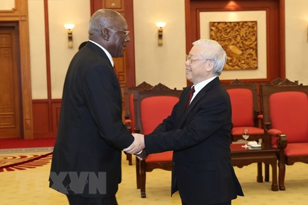 Party leader welcomes Cuban First Vice President in Hanoi hinh anh 1