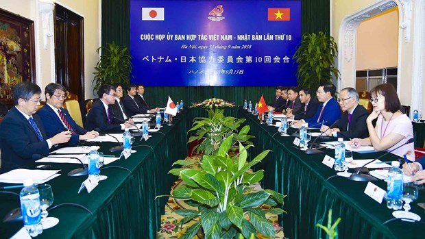 Vietnam-Japan Cooperation Committee convenes 10th meeting hinh anh 2