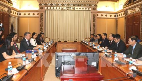 HCM City, AIIB look to work together in infrastructure projects hinh anh 1