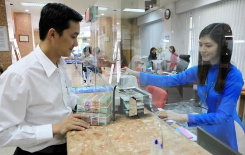 Reference exchange rate down by 5 VND hinh anh 1
