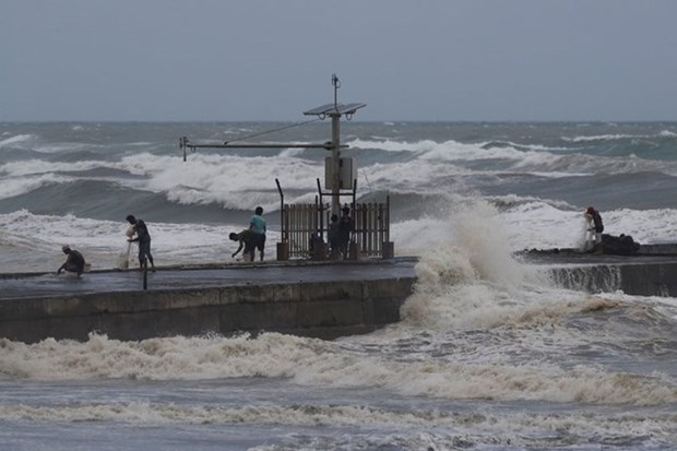 Philippines raises alert as super typhoon Mangkhut approaches hinh anh 1