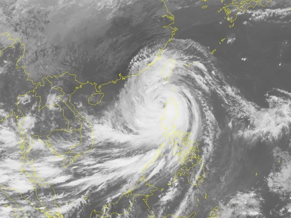 Mangkhut forecast to make landfall in Vietnam on Sept. 17 hinh anh 1