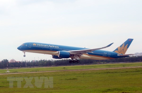 Vietnam Airlines adjusts flights in fear of super typhoon hinh anh 1