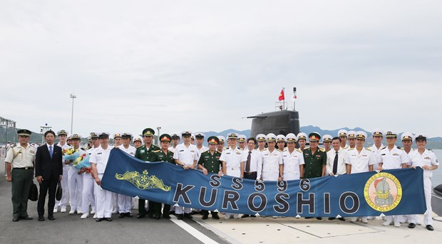 Japanese submarine Kuroshio visits Cam Ranh international port hinh anh 1