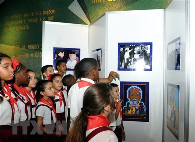 Cuba wraps up activities marking Fidel's historic visit to Vietnam hinh anh 1