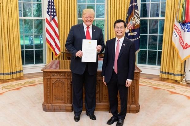 US President appreciates development of Vietnam-US ties hinh anh 1