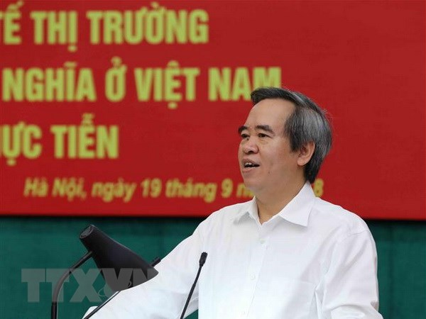 Criteria for socialist-oriented market economy discussed hinh anh 1