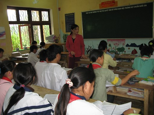Central Highlands prioritises teaching of ethnic minorities' languages hinh anh 1