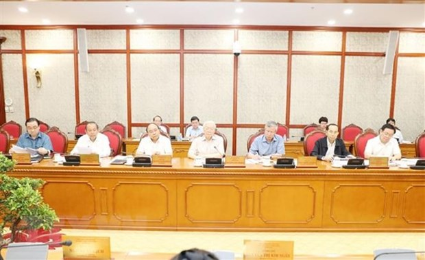 Politburo mulls schemes to be submitted to Party Central Committee's 8th meeting hinh anh 1