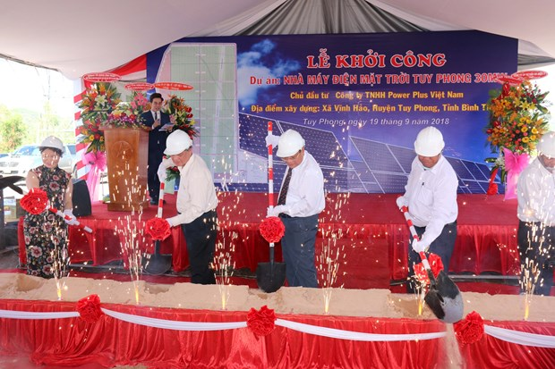 Work starts on first solar power plant in Binh Thuan hinh anh 1