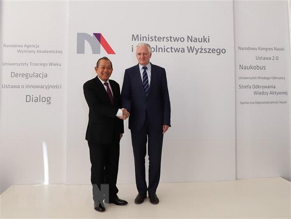 Vietnam seeks stronger multifaceted cooperation with Poland hinh anh 1