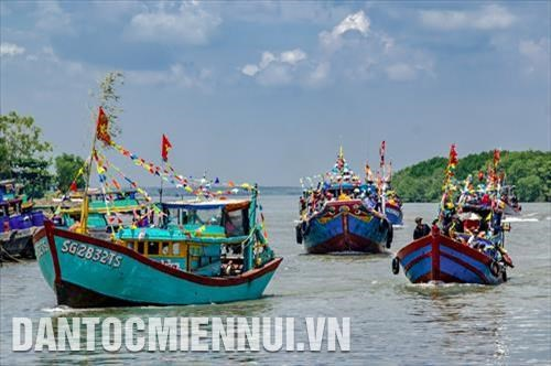 HCM City: Can Gio district to host Nghinh Ong festival hinh anh 1