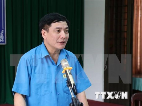 Vietnam trade unions to reform towards worker-centred approach hinh anh 1