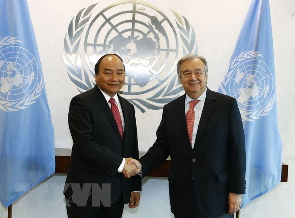 Vietnam brings into full play active role at multilateral forums hinh anh 1