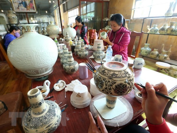 Ceramic exports to Argentina surge hinh anh 1