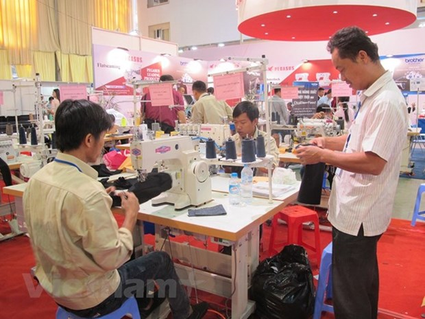 More efforts needed to improve labour productivity hinh anh 1