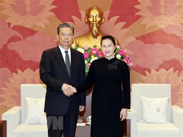 NA Chairwoman receives Chinese Party official hinh anh 1