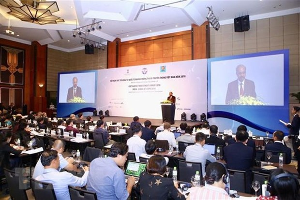 Forum promotes digital connectivity amid 4th Industrial Revolution hinh anh 1