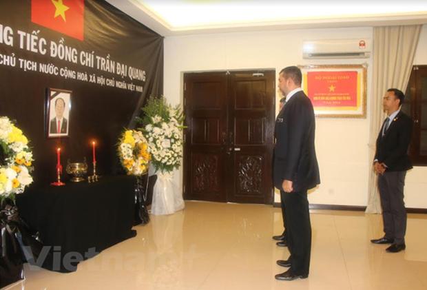Memorial ceremonies for President Quang in Malaysia, Bangladesh, Hong Kong hinh anh 1