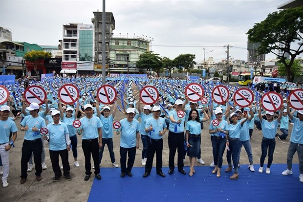 Increase on special consumption tax vital to reduce smoking hinh anh 1