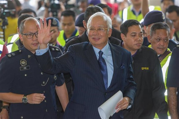 Malaysian former PM summoned to parliament over 1MDB hinh anh 1