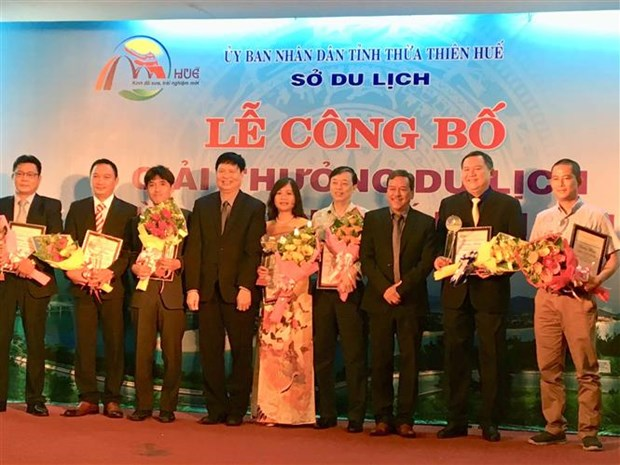 Thua Thien-Hue honours outstanding tourism businesses hinh anh 1