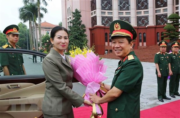 Vietnamese, Cambodian armies' women enhance cooperation hinh anh 1