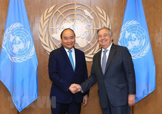 Prime Minister Nguyen Xuan Phuc meets with UN leaders hinh anh 2