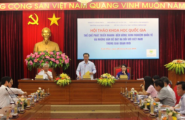Seminar mulls building rapid, sustainable development institutions hinh anh 1