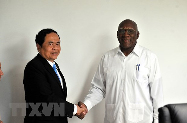 Cuban leaders hope for result-oriented cooperation with Vietnam hinh anh 1