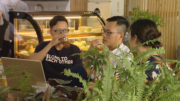 Tropical forest coffee in Hanoi attracts young people hinh anh 5