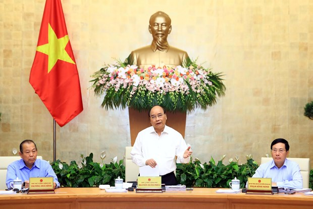 Gov't meeting highlights positive economic performance in 9 months hinh anh 1