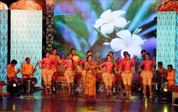 Southern Khmer folk singing festival opens in Soc Trang hinh anh 1