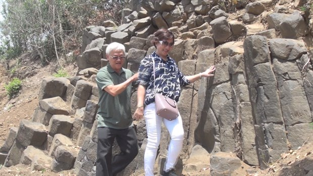 New rock formation found in Phu Yen province hinh anh 4