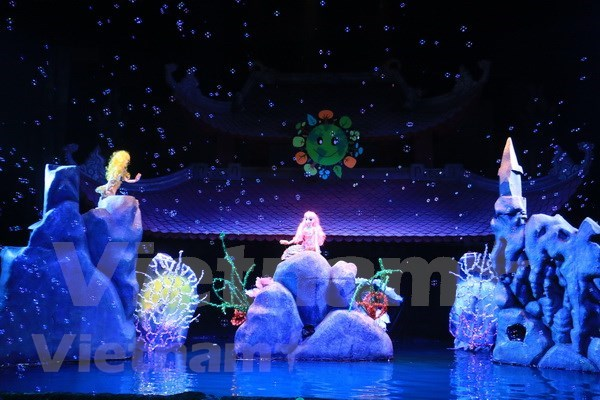 Vietnam talks about climate change at int'l puppetry festival hinh anh 1