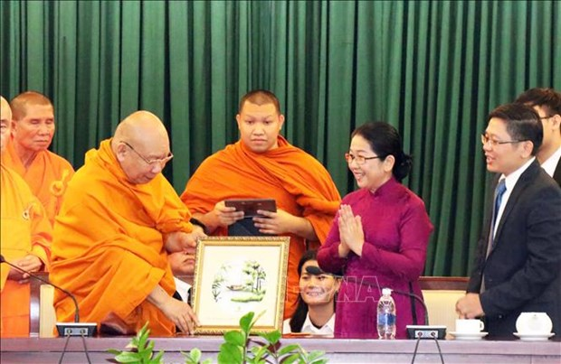 HCM City leader welcomes Thai Buddhist delegation hinh anh 1