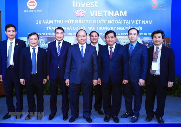 Vietnam commits to improving investment environment: PM hinh anh 1