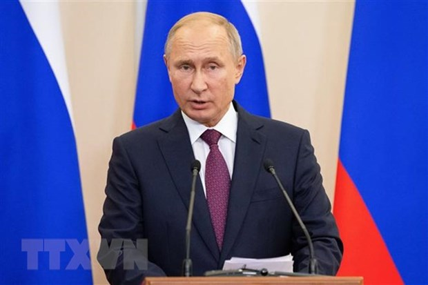 Russian President signs decree on holding Russian Year in Vietnam hinh anh 1
