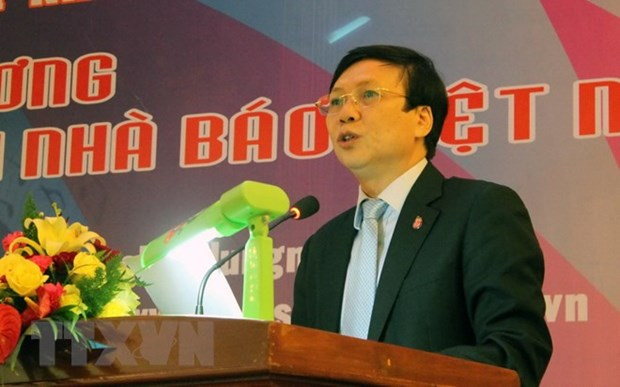 Vietnamese, Cambodian journalists' organisations strengthen ties hinh anh 1
