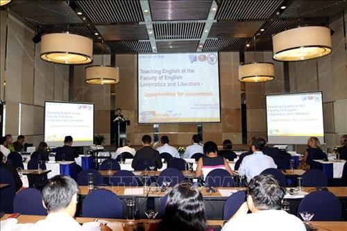 Workshop looks to improve vocational, language training quality hinh anh 1