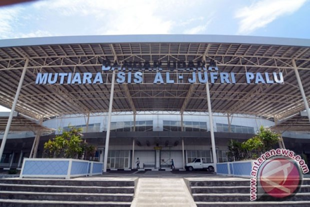 Indonesia's earthquakes: Palu airport to resume full operation soon hinh anh 1