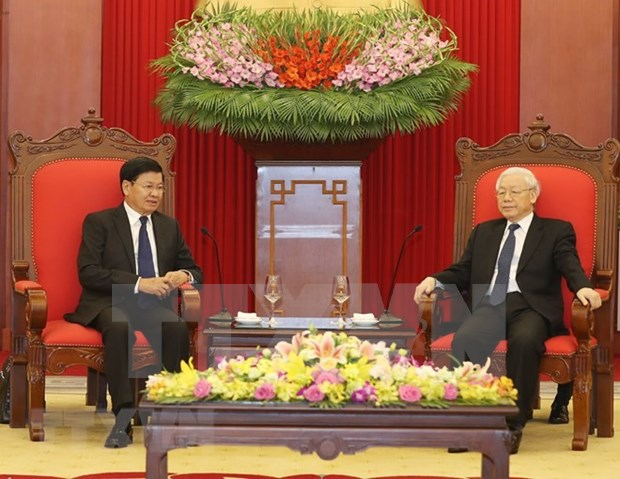Vietnam always treasures special ties with Laos: Party leader hinh anh 1